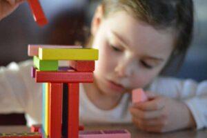 Gry dla 5 latków idealnym sposobem na zabawę, jak i prawidłowy rozwój!