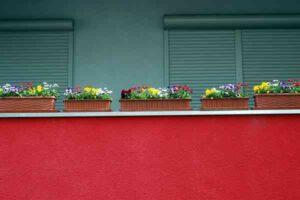 Jak urządzić kwietnik na balkonie?